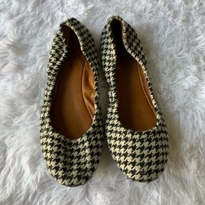 Lucky Brand Flats Size 10 Black and Cream